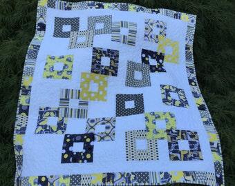 Baby quilt, free bib, gender neutral, boy or girl