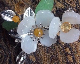 White Floral Hair Pin