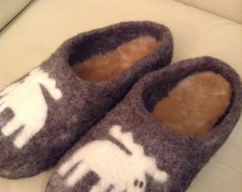 "Handmade Felted Slippers ""Moose"""