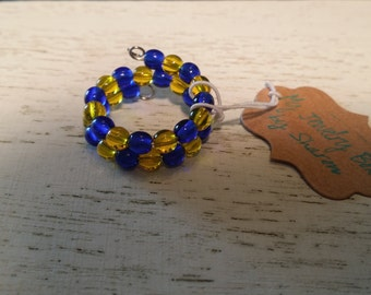 Adjustable Memory WIre Ring with Navy and Yellow Glass Beads