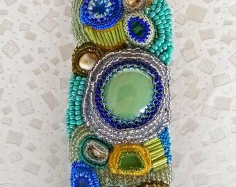 item 201 - free stile beaded bracelet