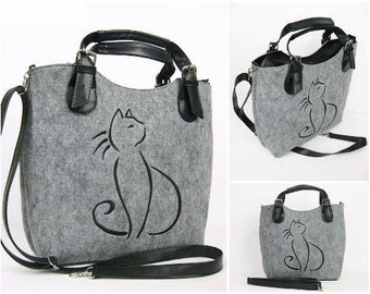Felt bag with cat