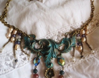 "Necklace retro style,""baroque"" and elegant ..."