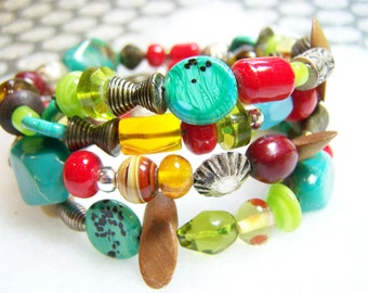 SALE - Bracelet Beaded Mixed Beads Memory Wire