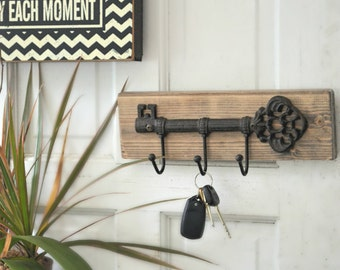 Wall Key Holder  - Rustic Key Holder for the wall, Wall Keychain