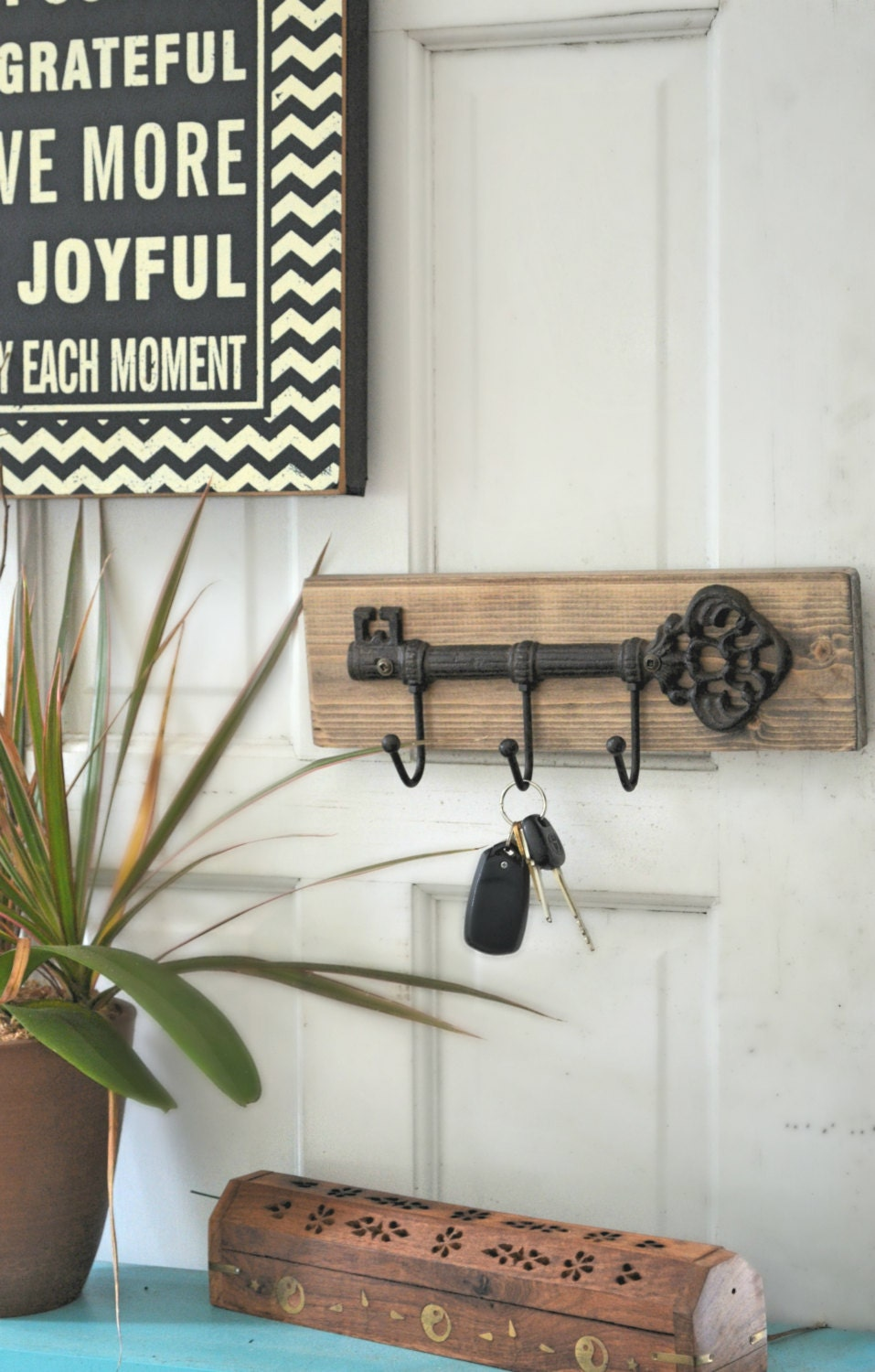 wall key holder rustic key holder for the wall wall. Black Bedroom Furniture Sets. Home Design Ideas