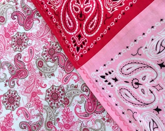 Bandana blanket - light and dark pink with lovely pink paisley print!