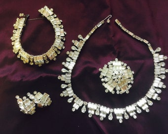 "Vintage Kramer of New York ""Diamond Look"" Jewelry - signed set"