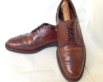 """Classic Florsheim Imperial """"Kenmoor"""" Brown Leather Wing Tip Brogues~Size 10 D"""