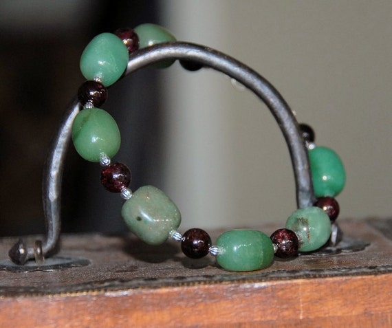 Green Aventurine Gemstone and Natural Red Garnet Gemstone Bracelet for Aromatherapy with Lava Stone Beads for Essential Oils