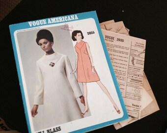 Vintage Vogue Pattern - Bill Blass - 2055 - Vogue Americana