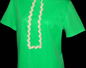 Cute 1960's Lime Green Dress with Bric-Brac Trim and Darted Bust sz 10 / 12