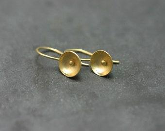 Earrings 18 kt gold, flowers