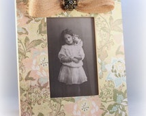 Wood Picture Frame, Vintage Floral Photo Frame, 4x6 Frame, Cottage Chic Shabby Vintage Style Picture Frame, Country Chic, Rustic Chic Frame