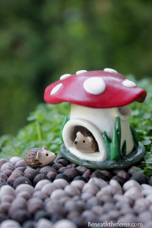 Gnome In Garden: Miniature Mushroom House Tiny Fairy Garden Accessory Gnome