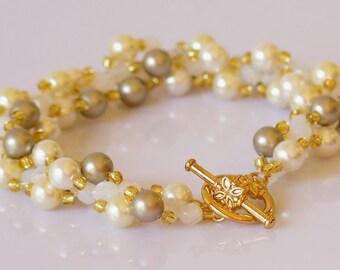 Bridal  Pearl Bracelet Cream White Wedding Jewelry Swarovski Pearl Bracelet