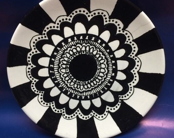 Black and White Flower Plate
