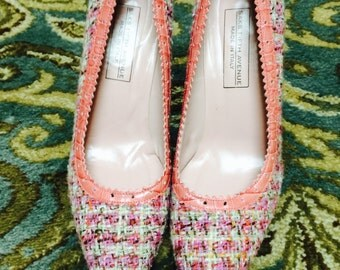Saks pretty in pink pumps size 8