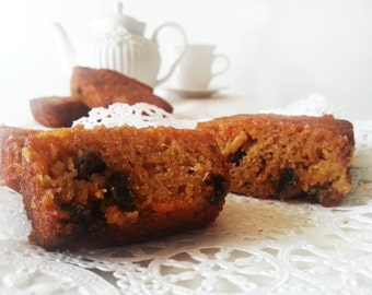 Carrot raisin cake - Carrot raisin loaf - various sizes