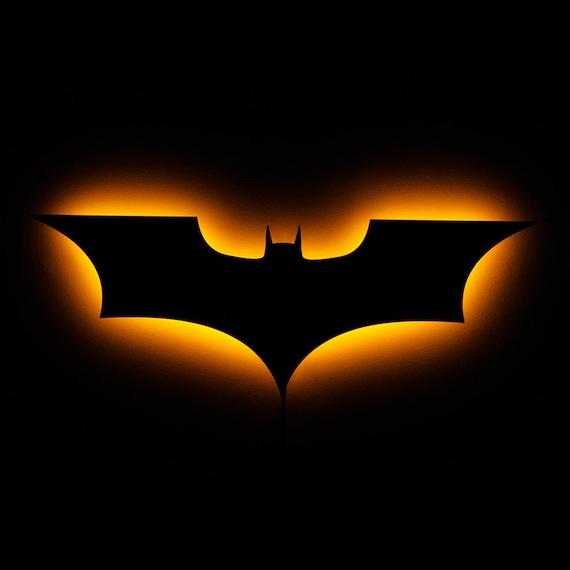 Wall Hanging Night Light : Batman Night Light - Illuminated Batman Wall Hanging Lamp - 2008 Version of the Batman Emblem ...