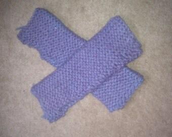 Purple arm warmers