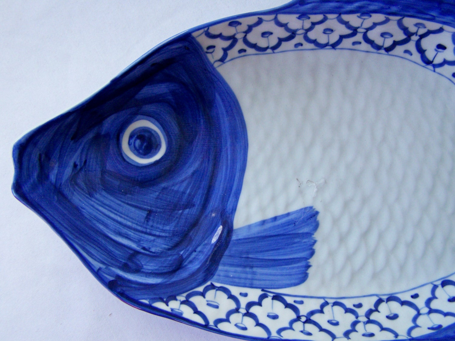Ceramic fish shaped plate perch hand painted asian blue for Fish shaped plates