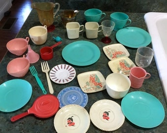 30 Pieces of Vintage Toy Plastic Dishes 1950 Era