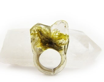 Smoke Moss Resin Ring • Size 5.5 • Eco Resin Nature Ring • Asymmetrical Unusual Ring • Faceted Resin Terrarium Ring • Nature Moss Resin Ring