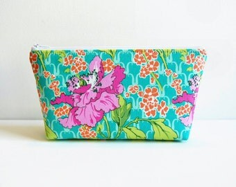 Makeup Bag, Cosmetic Case, Zipper Pouch, Women and Teens, Field Poppy in Rose, Amy Butler Violette
