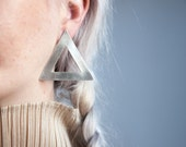 SUZANNE ST CLAIRE sterling silver triangle earrings / geometric earrings / 245a