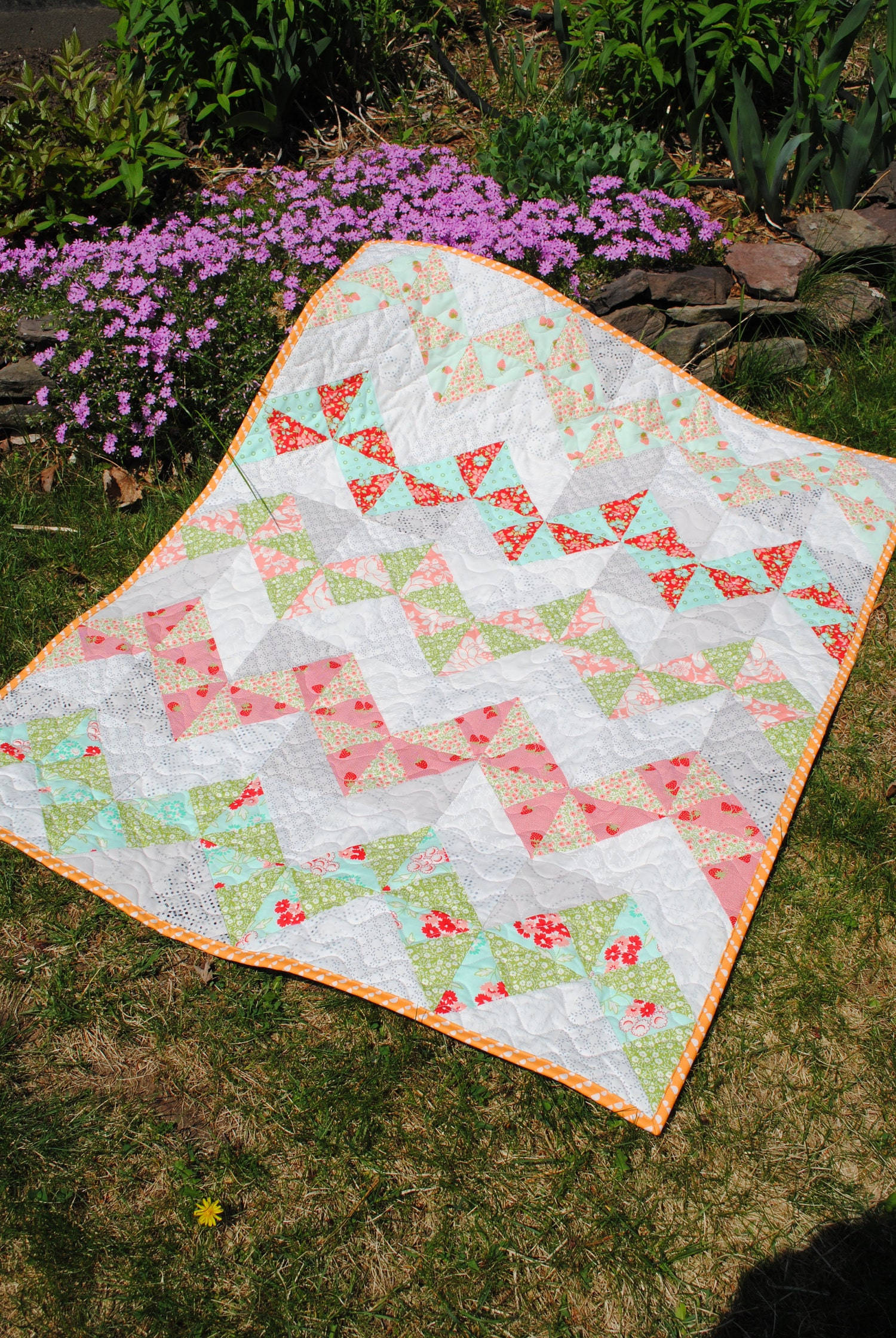 Easy Quilt Patterns Using Precuts : Easy Beginner Quilt Patterns precuts and fat quarters by sweetjane