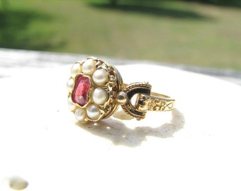 Beautiful Antique Vintage Garnet Pearl Ring with Enamel, 18K Gold, Lovely Details, Great Victorian Style
