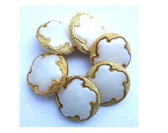 6 Vintage flowers buttons white plastic with gold color, shank buttons 21mm