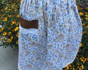 Vintage Brown, White and Blue Floral Print Half Apron with Lace Trim