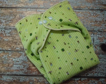 Organic Cotton Winged Prefold-- Bugs on Green