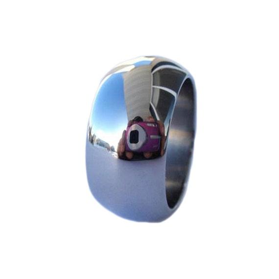 Titanium Wedding Band - Mirror Finish on Titanium Ring