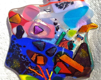 FUSED GLASS PAPERWEIGHT