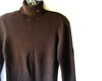 Luxurious vintage 70s dark chocolate brown ,ribs knit cotton turtleneck sweater. Made by Ralph Lauren. Size small.