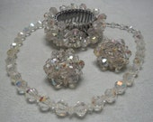 50% OFF - VINTAGE Arora Borealis Set from the 1950's Very good condition 3 piece set
