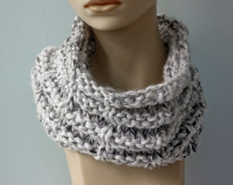 SALE, Gray Cowl Scarf, Chunky Scarf, Circle Scarf,  Knit Neck Warmer, Warm Winter Cowl , Ready to Ship