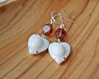 Scarab Hearts - Vintage Glass Earrings - Snow White and Rose Red