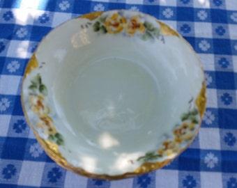 6 versailles berry bowls