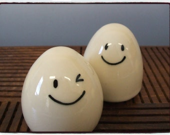 Happy Happy Egg Salt and Pepper Shakers Set