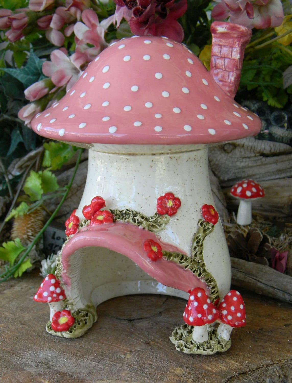 Ceramic Mushroom Fairy Toad House Red Amanita Mushrooms
