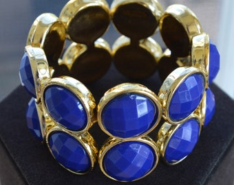 Pretty Vintage Royal Blue, Gold tone Elastic Wide Bracelet, Plastic