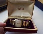 Elgin Deluxe Men's Vintage Watch - In Box - Gold Watch