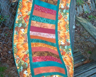 Pumpkins and Gourds Fall Autumn Quilted Table Runner