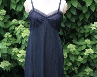 Black vintage slip 38