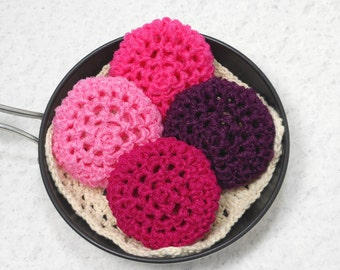 Pot Scrubbers, kitchen cleaners, long lasting scrubbers, pan scrubbie, cleaning aid, nylon net. Pretty in Pink Collection in a 4pk.