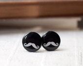 Mustache cufflinks (C016)
